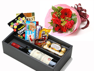 Sparkling Juice & Sweets Box & Choose Bouquet